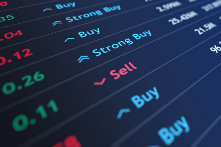 Stock price ticker with sell recommendation and down arrow